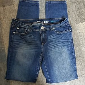 [INC] Skinny Leg Jeans